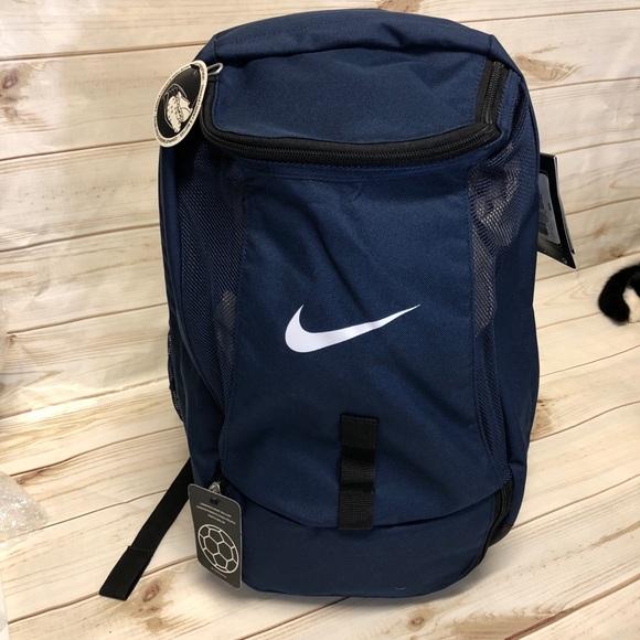 5e64d7ca89 NWT Nike Club Team Swoosh ball bag backpack